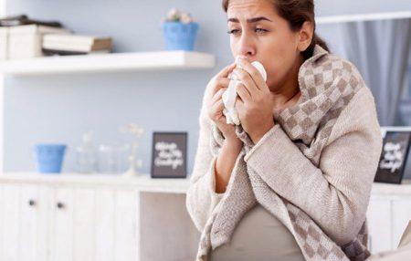 Чем опасен кашель при беременности