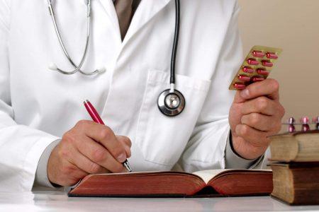 Только доктор может назначить препарат