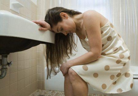 Почему возникают проблемы со стулом при беременности